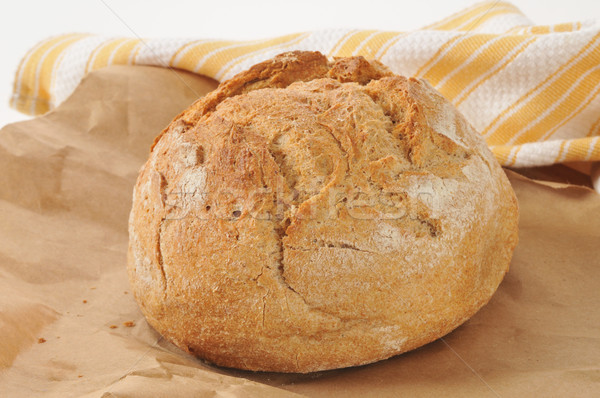 Geheel wat brood brood volkorenbrood pakpapier Stockfoto © MSPhotographic