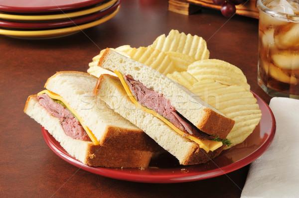 Sığır eti peynir sandviç çedar ekmek içmek Stok fotoğraf © MSPhotographic