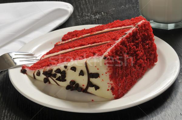 Kırmızı kadife kek dilim cam süt Stok fotoğraf © MSPhotographic
