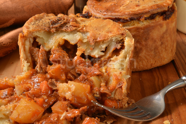 Steak ale tarte tendre boeuf Photo stock © MSPhotographic