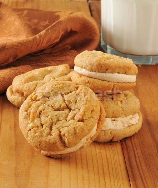 Fıstık ezmesi krem sandviç kurabiye gurme süt Stok fotoğraf © MSPhotographic
