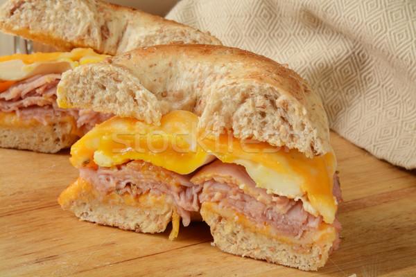 ベーグル 朝食 サンドイッチ ハム 卵 チーズ ストックフォト © MSPhotographic