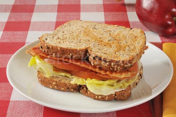 Blt sanduíche maçã inteiro grão noz Foto stock © MSPhotographic