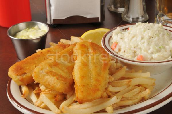 рыбы чипов капустный салат пива картофель фри Сток-фото © MSPhotographic