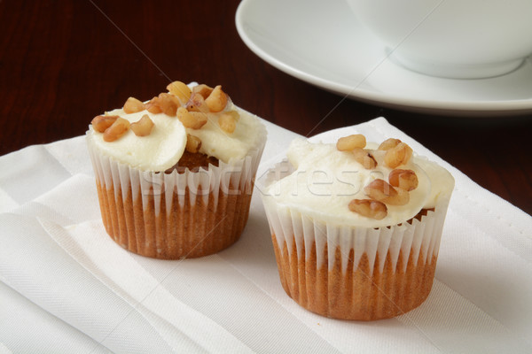 Carrot cake muffins noten top beker Stockfoto © MSPhotographic