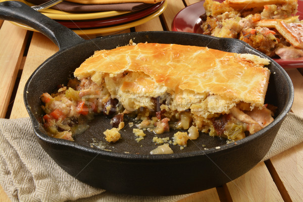 Turquie pot tarte légumes farce Photo stock © MSPhotographic