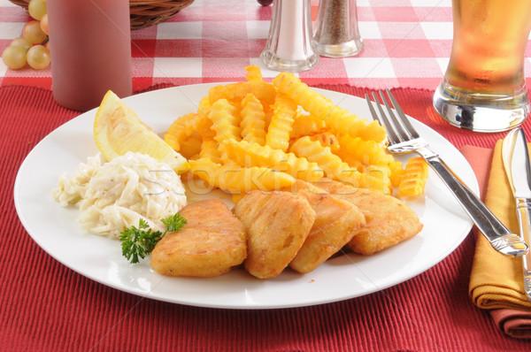 рыбы картофель фри капустный салат пива продовольствие Сток-фото © MSPhotographic