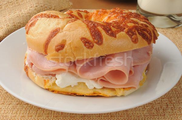 ハム サンドイッチ タマネギ ベーグル クリーム チーズ ストックフォト © MSPhotographic