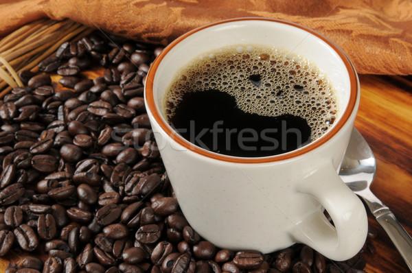新鮮な ブラックコーヒー カップ 豆 コーヒー ストックフォト © MSPhotographic