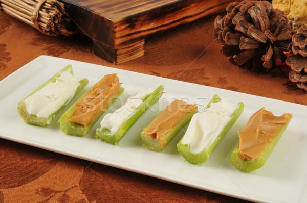 Selderij room kaas pindakaas snack dienblad Stockfoto © MSPhotographic