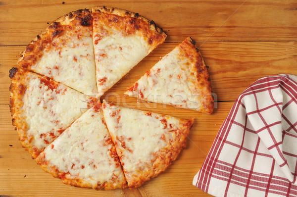 素朴な チーズ ピザ 木製のテーブル キッチン ストックフォト © MSPhotographic
