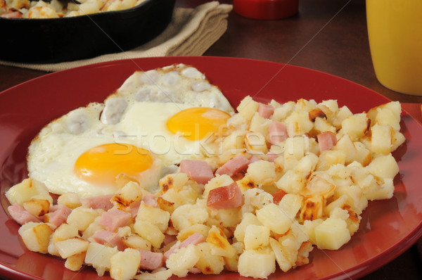 Hash browns and eggs Stock photo © MSPhotographic