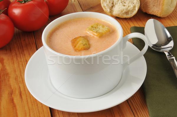 Krem zupa pomidorowa kubek obiedzie tabeli Zdjęcia stock © MSPhotographic