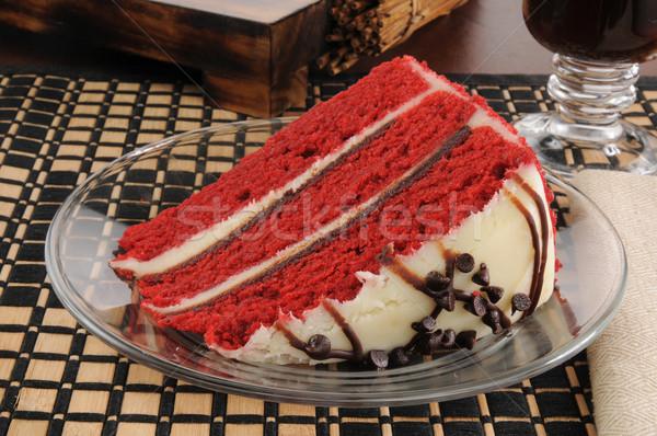 Plakje Rood fluwelen cake rijke vochtig Stockfoto © MSPhotographic