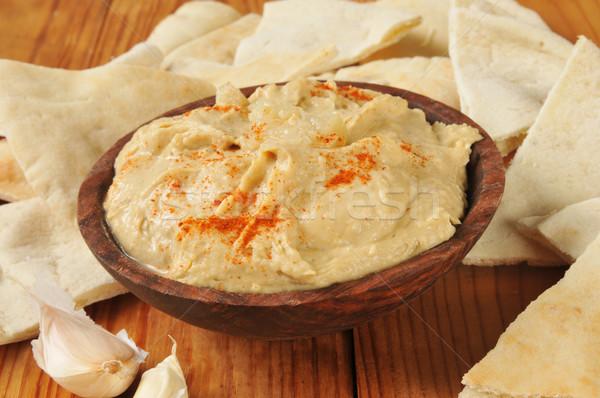 Pita pão alho vermelho pimenta madeira Foto stock © MSPhotographic