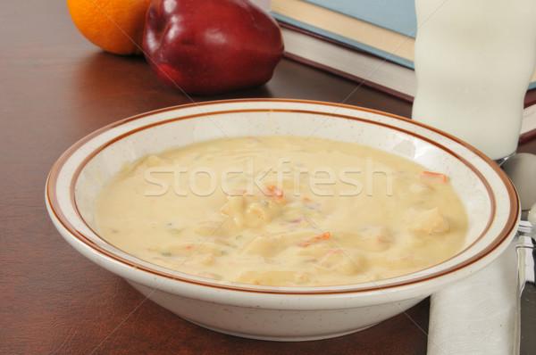Brodo di pollo ciotola pollo zuppa scuola libri Foto d'archivio © MSPhotographic