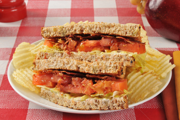 Blt sanduíche inteiro grão pão bacon Foto stock © MSPhotographic