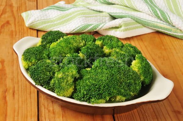 Párolt brokkoli friss kicsi zöld zöldség Stock fotó © MSPhotographic