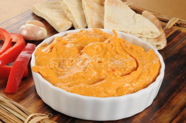 Czosnku pieprz pita chleba czerwony Zdjęcia stock © MSPhotographic
