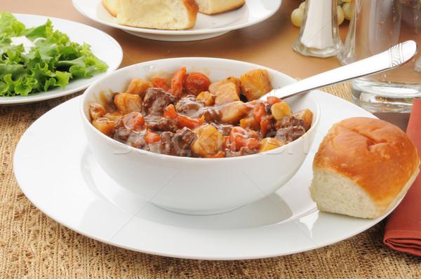 Wołowiny warzyw gulasz puchar gulasz wołowy obiedzie Zdjęcia stock © MSPhotographic