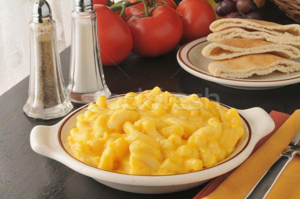 Romig macaroni kaas pita brood vruchten Stockfoto © MSPhotographic