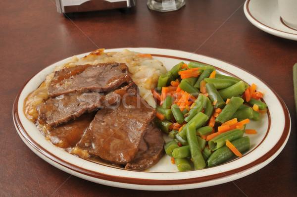 Roast beef dinner Stock photo © MSPhotographic