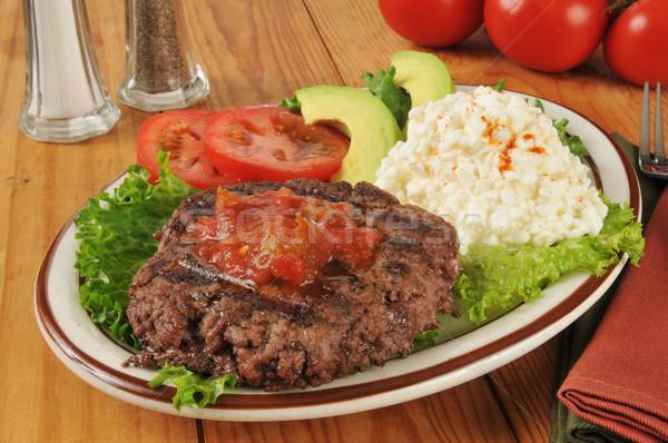 Dieet lunch grond lendenen hamburger salsa Stockfoto © MSPhotographic