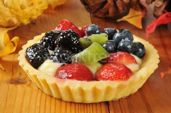 Vacaciones frutas tarta Berry mesa alimentos Foto stock © MSPhotographic
