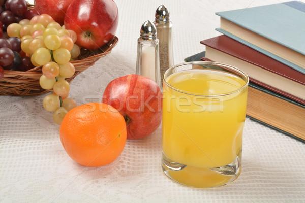 Narancslé gyümölcs egészséges iskola falatozó könyvek Stock fotó © MSPhotographic