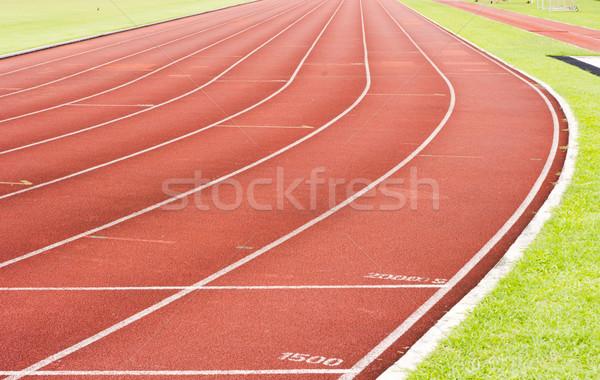 Courir suivre blanche ligne rouge Photo stock © mtkang