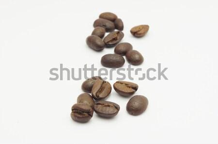 Kahve çekirdekleri az yalıtılmış beyaz içmek bileşen Stok fotoğraf © mtkang