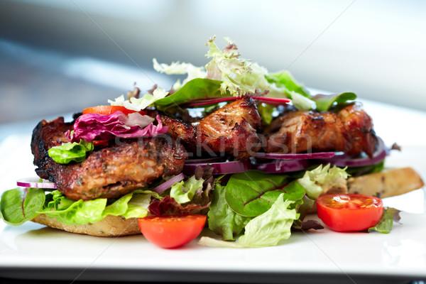 Klub szendvics teljes kiőrlésű kenyér bagettek friss zöldségek brie sajt Stock fotó © mtoome