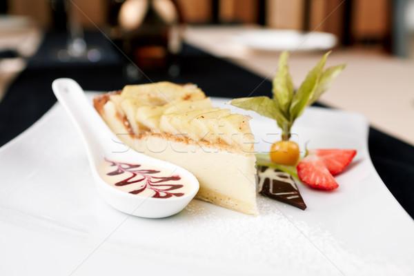 Torta de maçã doce molho morango comida maçã Foto stock © mtoome