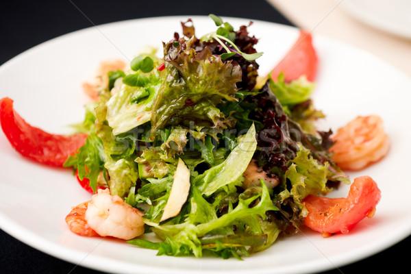 Griego ensalada ahumado camarón hoja Foto stock © mtoome
