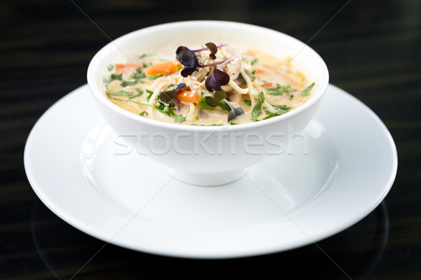 Caldo de pollo sopa alimentos restaurante verde Foto stock © mtoome