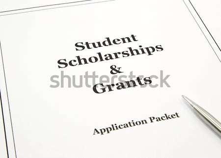 Diák kölcsön pénzügyi segítség alkalmazás főiskola Stock fotó © mybaitshop