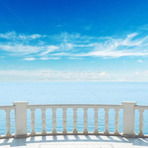 Ver mar terraço varanda nublado céu Foto stock © mycola