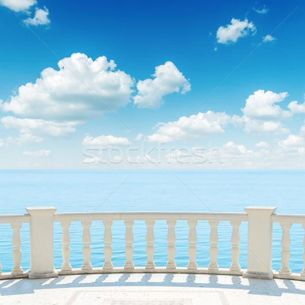 мнение морем балкона облачный небе фон Сток-фото © mycola