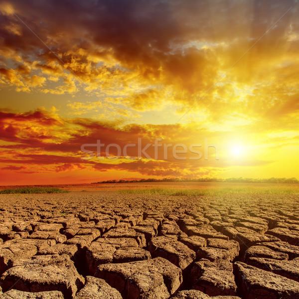 Foto stock: Laranja · pôr · do · sol · nublado · céu · deserto · paisagem