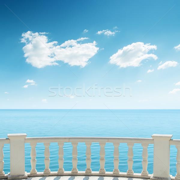 Ver mar varanda nublado céu água Foto stock © mycola