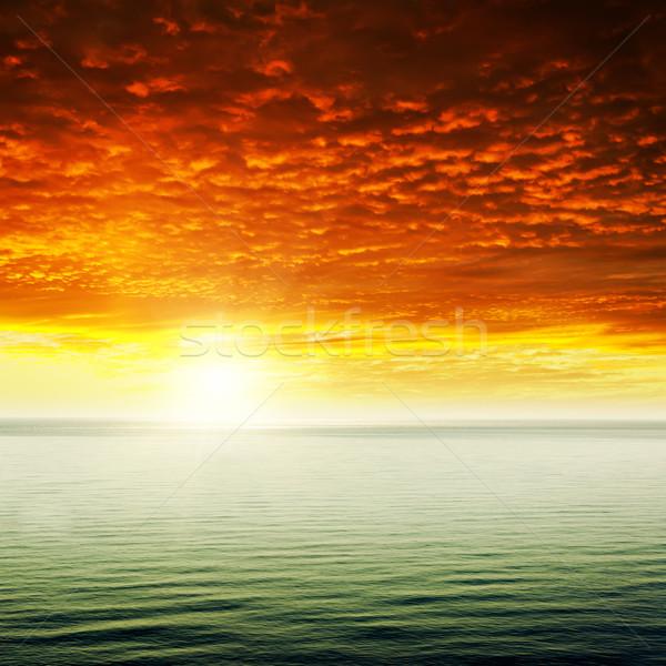 небе красный драматический закат морем воды Сток-фото © mycola