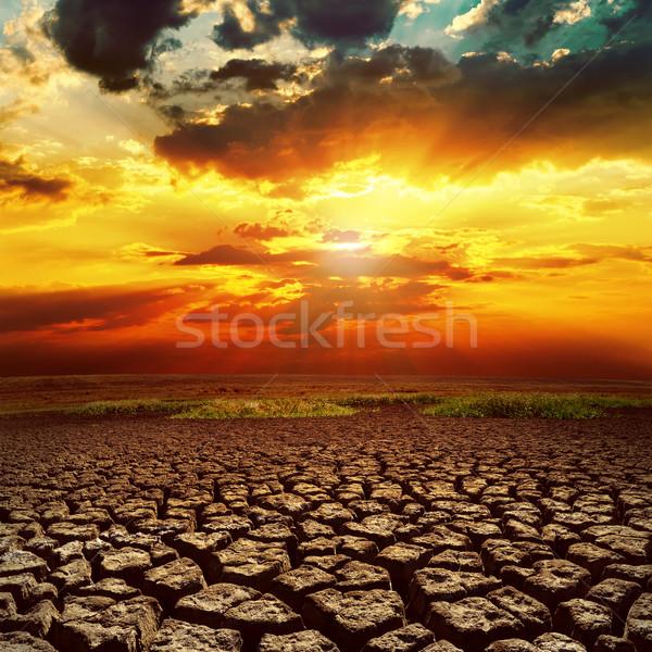Fantastik gün batımı kırık toprak doku doğa Stok fotoğraf © mycola