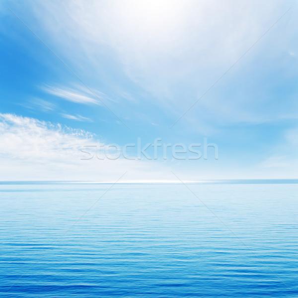 ışık dalgalar mavi deniz bulutlu gökyüzü Stok fotoğraf © mycola