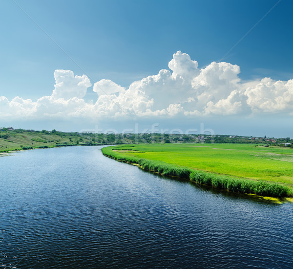 Bom ver rio nuvens céu água Foto stock © mycola
