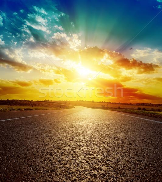 Iyi turuncu gün batımı asfalt yol manzara Stok fotoğraf © mycola