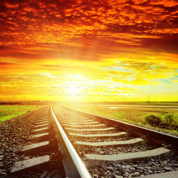 Gün batımı kırmızı bulutlar demiryolu ufuk doğa Stok fotoğraf © mycola