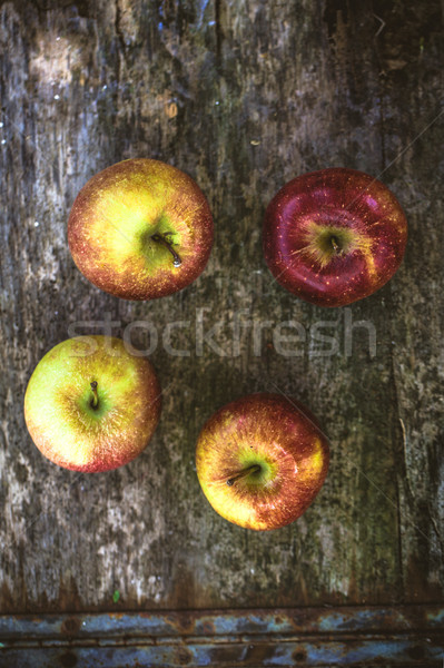 Maçãs madeira orgânico fruto comida natureza Foto stock © mythja