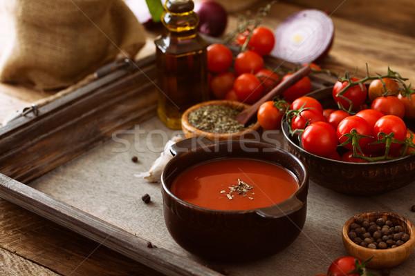 Stok fotoğraf: Domates · çorbası · ev · yapımı · domates · otlar · baharatlar · konfor