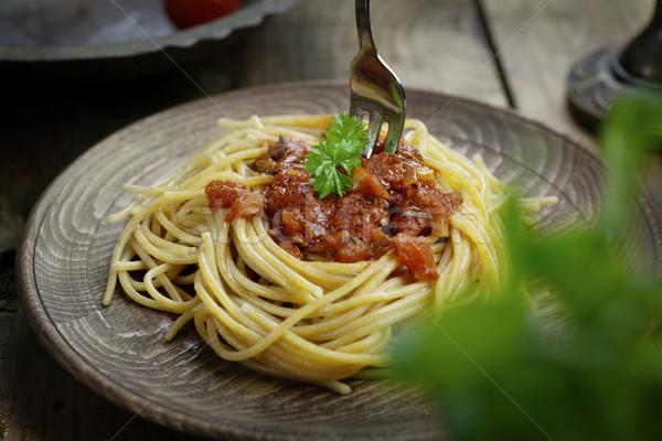 Macarrão molho de tomate comida italiana azeitonas enfeite folha Foto stock © mythja