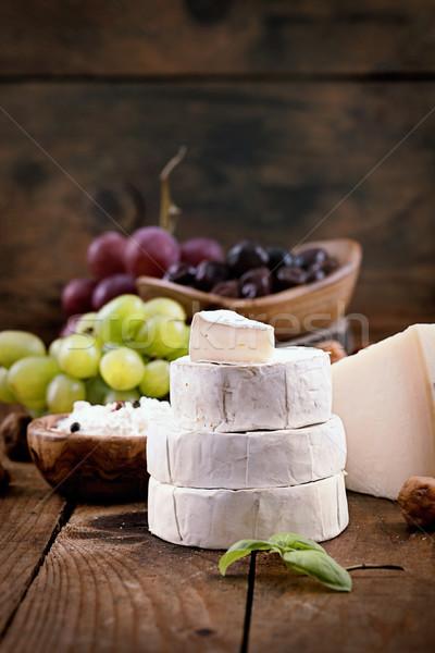 Stockfoto: Kaas · variëteit · vers · ingrediënten · hout · Rood